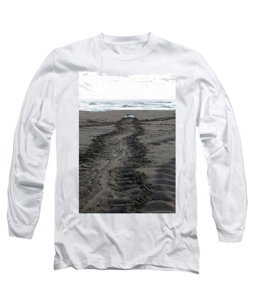 Green Sea Turtle Returning To Sea Long Sleeve T-Shirt by Breck Bartholomew