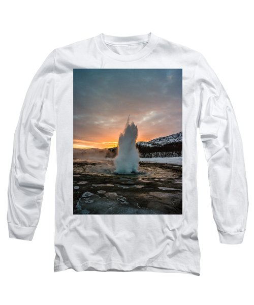 Strokkur Winter Blowup In Front Of Sunset Long Sleeve T-Shirt