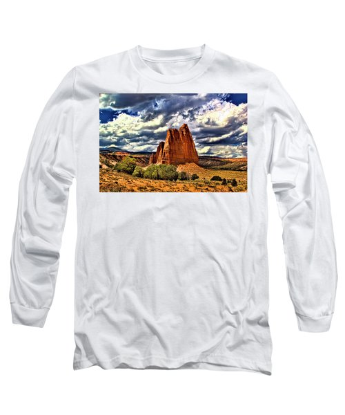 Capitol Reef National Park Catherdal Valley Long Sleeve T-Shirt