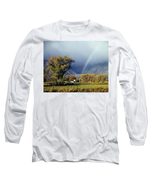 1m6345 Rainbow In Sierras Long Sleeve T-Shirt