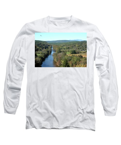 Autumn Landscape With Tye River In Nelson County, Virginia Long Sleeve T-Shirt by Emanuel Tanjala