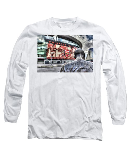 Thierry Henry Statue Emirates Stadium Long Sleeve T-Shirt