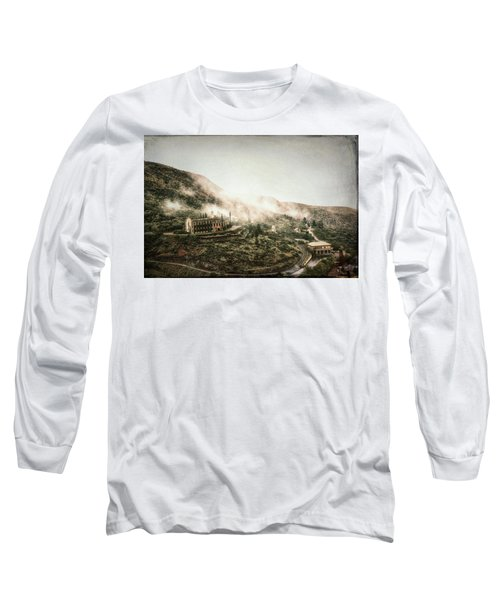 Abandoned Hotel In The Fog Long Sleeve T-Shirt