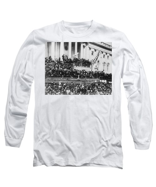 Abraham Lincoln Gives His Second Inaugural Address - March 4 1865 Long Sleeve T-Shirt