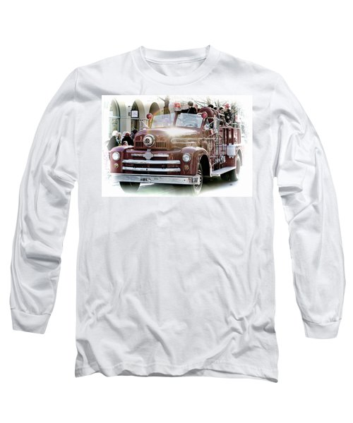 Antique Santa Cruz Fire Truck Long Sleeve T-Shirt