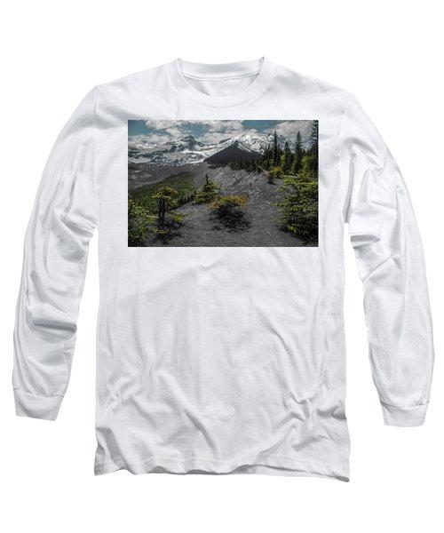 Approaching Rainer Long Sleeve T-Shirt