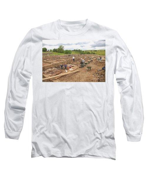 Archaeologists At Work At Roman Vindolanda Long Sleeve T-Shirt