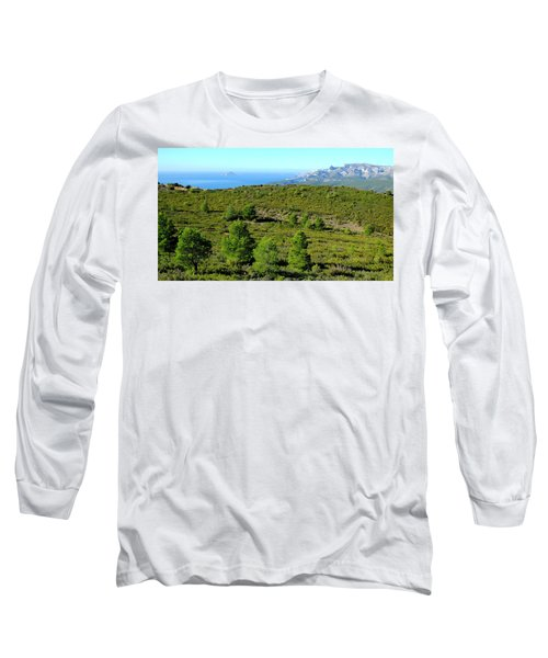 Long Sleeve T-Shirt featuring the photograph Belle Vue by August Timmermans