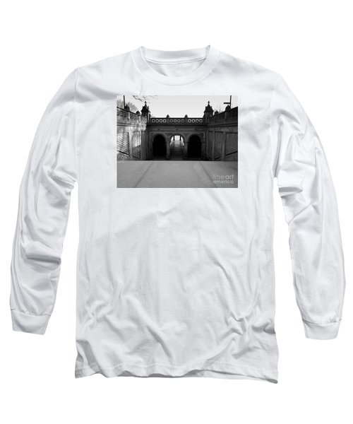 Bethesda Terrace In Central Park - Bw Long Sleeve T-Shirt by James Aiken