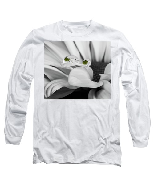 Black And White Daisy Water Long Sleeve T-Shirt