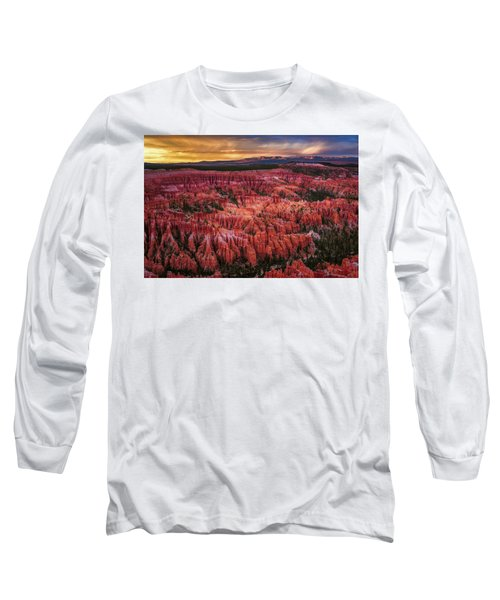 Bryce Canyon In The Glow Of Sunset Long Sleeve T-Shirt