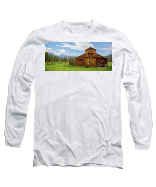 Buckaroo Barn In Rocky Mtn National Park Long Sleeve T-Shirt