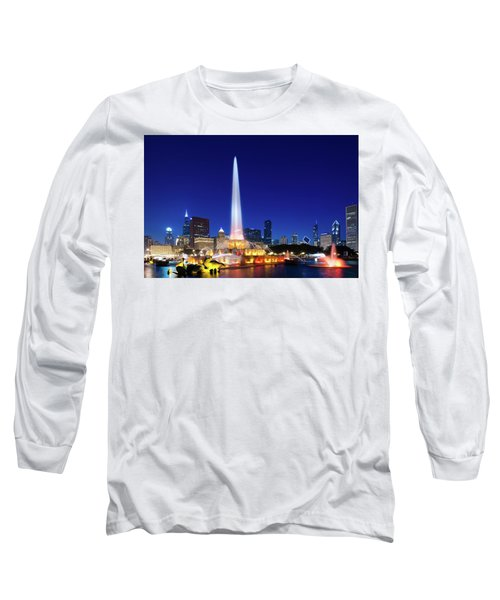 Long Sleeve T-Shirt featuring the photograph Buckingham Fountain by Sebastian Musial