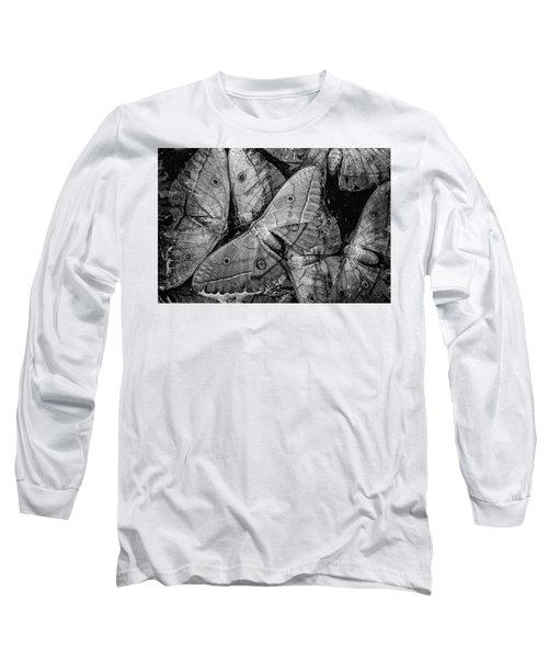 Butterfly #2056 Bw Long Sleeve T-Shirt