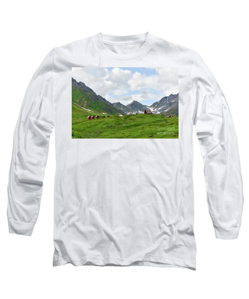 Cabins In The Alaskan Mountains Long Sleeve T-Shirt