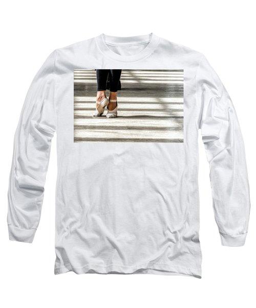 Camaguey Ballet 2 Long Sleeve T-Shirt