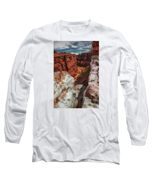 Canyon Lands Quartz Falls Overlook Long Sleeve T-Shirt