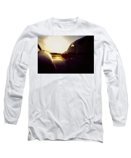 Cessna 421c Golden Eagle IIi Silhouette Long Sleeve T-Shirt