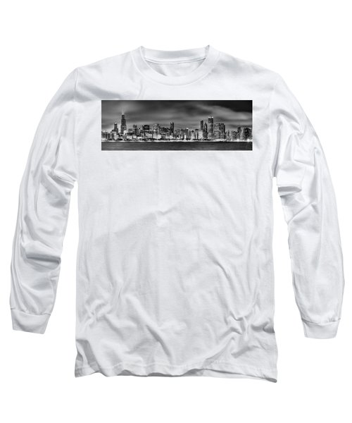 Chicago Skyline At Night Black And White Long Sleeve T-Shirt