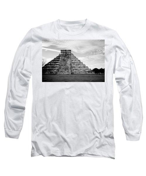 Chichen Itza B-w Long Sleeve T-Shirt