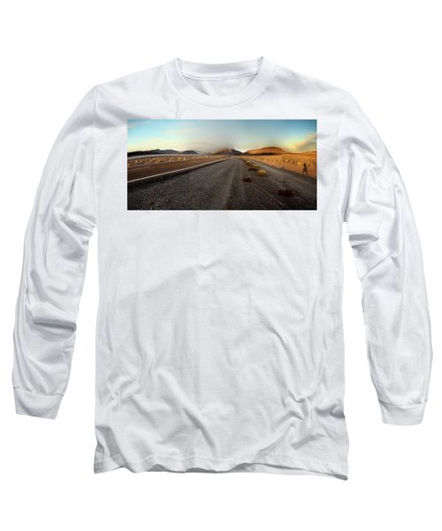 Death Valley Hitch Hiker Long Sleeve T-Shirt by Gary Warnimont