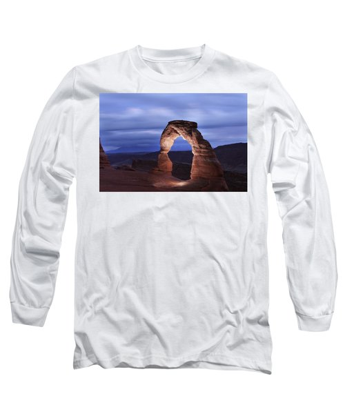 Delicate Arch At Twilight Long Sleeve T-Shirt