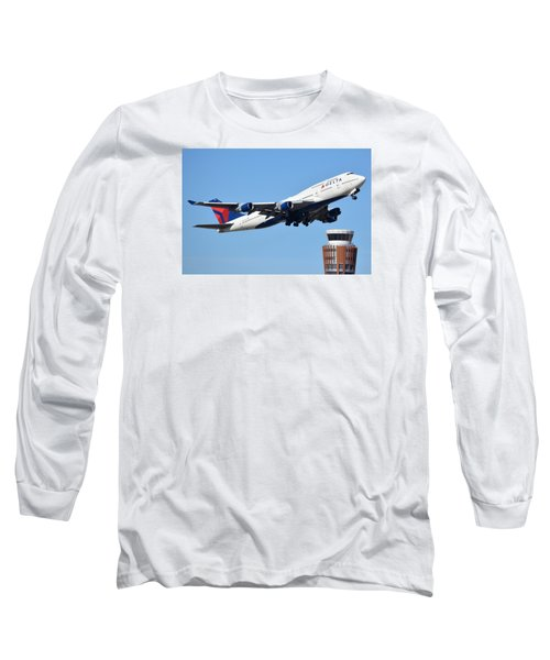 Delta Boeing 747-451 N674us Phoenix Sky Harbor January 12 2015 Long Sleeve T-Shirt by Brian Lockett