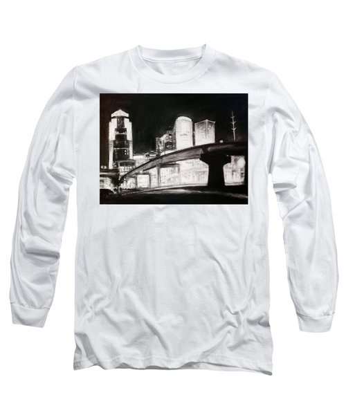 Des Moines Skyline #10 Long Sleeve T-Shirt