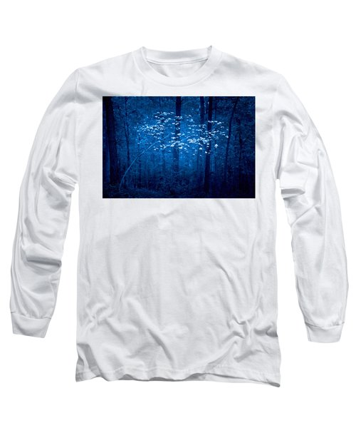 Long Sleeve T-Shirt featuring the photograph Dogwoods Of Texas by Linda Unger