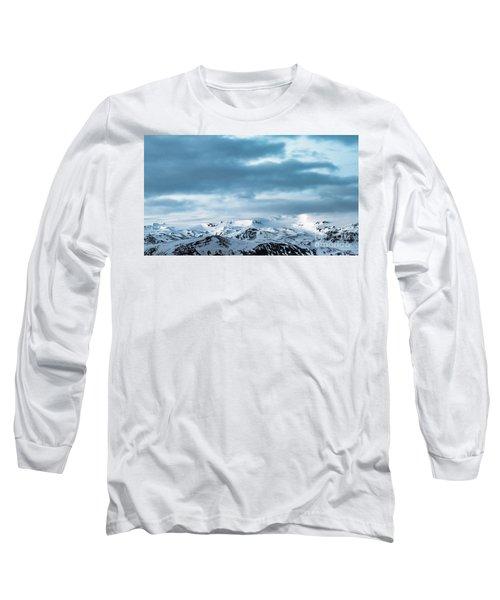 Facing Eyafjallajokull Long Sleeve T-Shirt