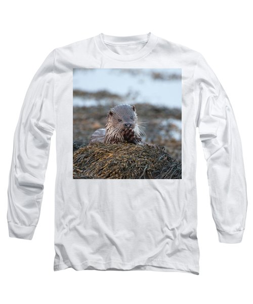 Female Otter Eating Long Sleeve T-Shirt