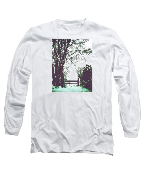 Field Gate Long Sleeve T-Shirt