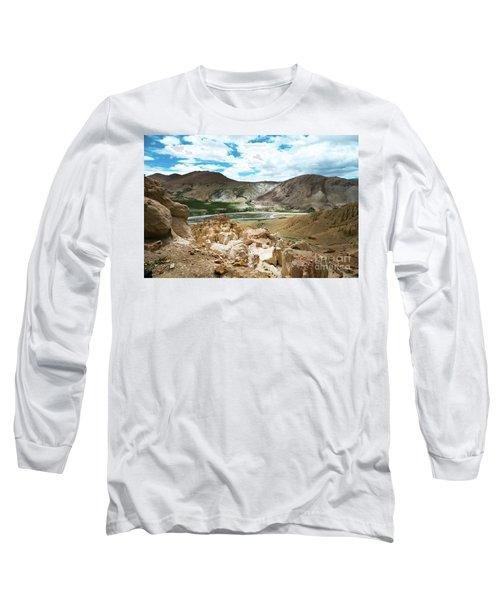 Garuda Valley Tibet Yantra.lv Long Sleeve T-Shirt
