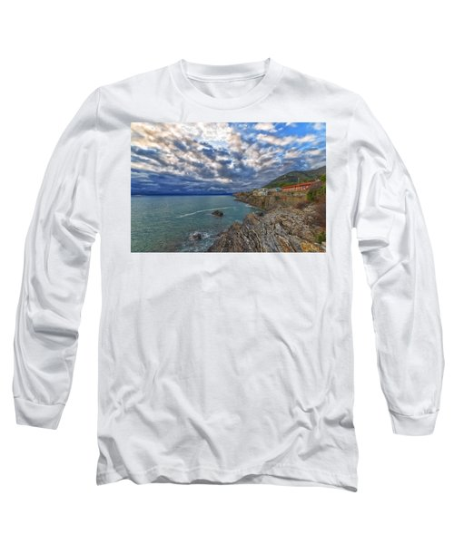 Genova Nervi Ex Ristorante Marinella  Luoghi Abbandonati Abandoned Places Long Sleeve T-Shirt