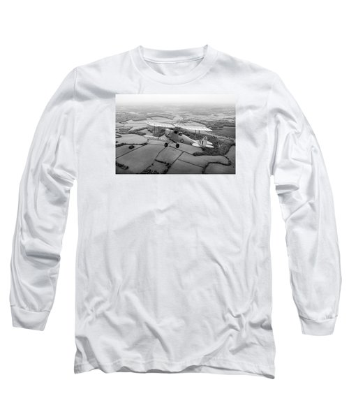 Long Sleeve T-Shirt featuring the photograph Going Solo by Gary Eason