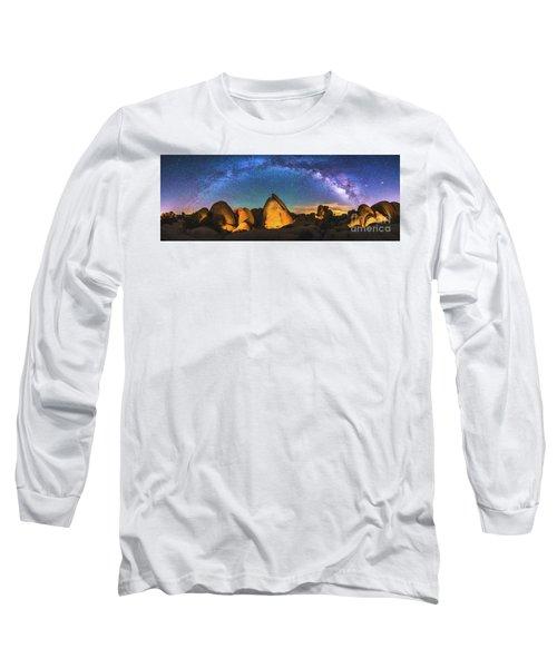 Hidden Valley Milky Way Long Sleeve T-Shirt by Robert Loe