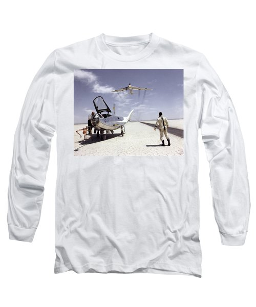 Hl-10 On Lakebed With B-52 Flyby Long Sleeve T-Shirt