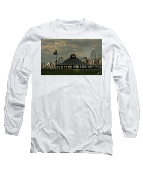 Hoboken, Nj -pier A Park Gazebo Long Sleeve T-Shirt
