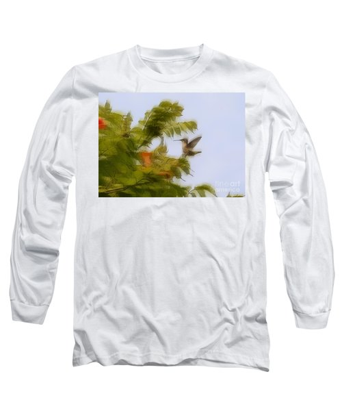 Long Sleeve T-Shirt featuring the photograph Humbird by Robert Pearson