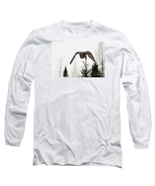 Long Sleeve T-Shirt featuring the photograph Intent On His Prey by Larry Ricker