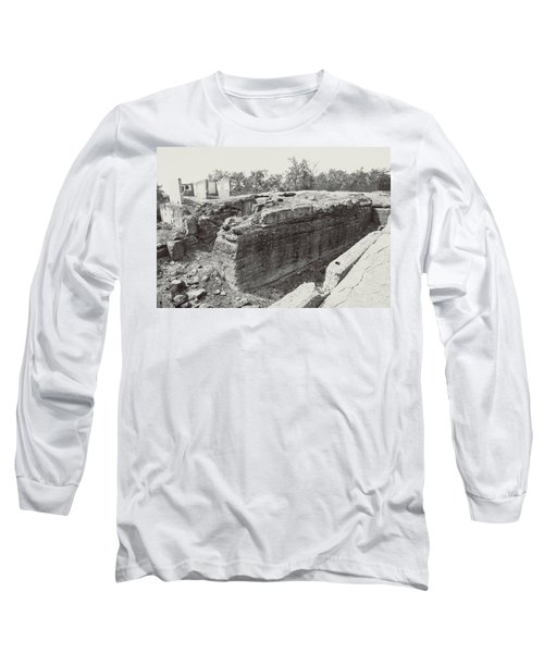 Into The Ruins 5 Long Sleeve T-Shirt