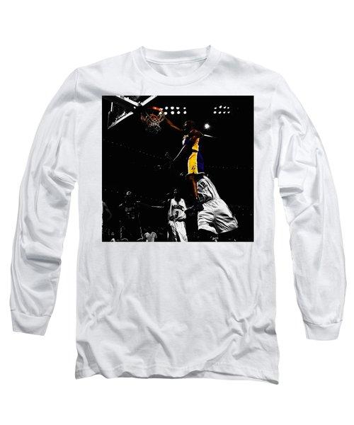 Kobe Bryant On Top Of Dwight Howard Long Sleeve T-Shirt