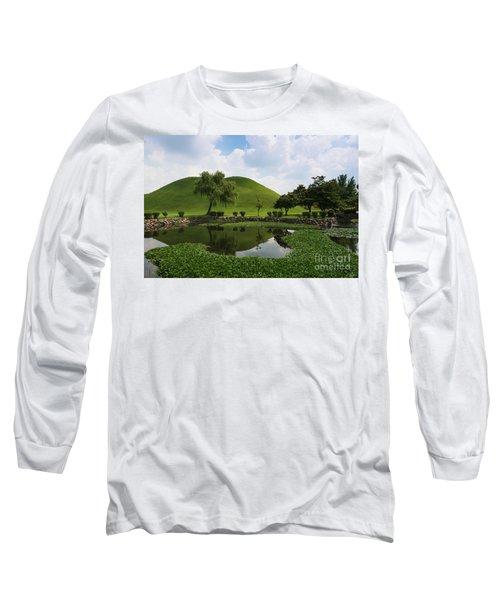 Kyongju, Tumuli Park Long Sleeve T-Shirt