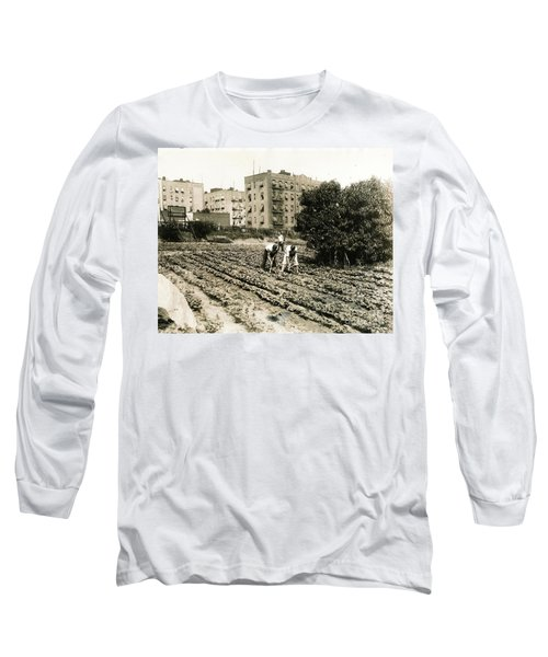 Long Sleeve T-Shirt featuring the photograph Last Working Farm In Manhattan by Cole Thompson