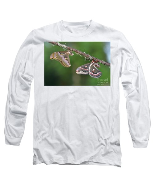 Le Duo Improbable. Long Sleeve T-Shirt