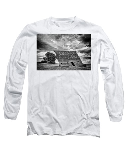 Leaning Barn Of Tuttle Long Sleeve T-Shirt