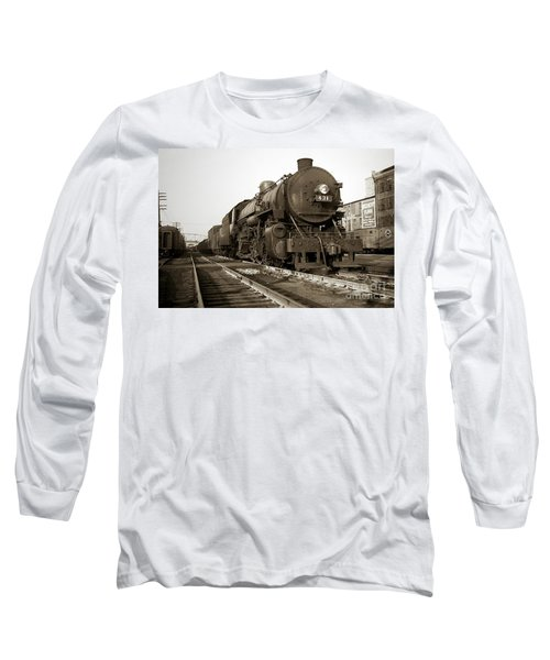 Lehigh Valley Steam Locomotive 431 At Wilkes Barre Pa. 1940s Long Sleeve T-Shirt