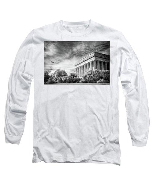 Lincoln Memorial Long Sleeve T-Shirt by Paul Seymour