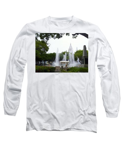 Lions Fountain Wide Long Sleeve T-Shirt