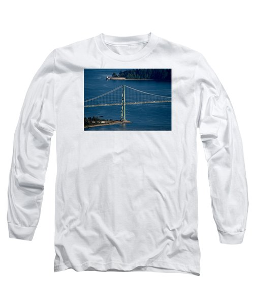 Lions Gate Bridge And Brockton Point Long Sleeve T-Shirt
